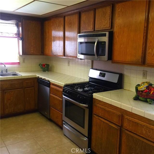 11824 Menlo Avenue  Hawthorne CA 90250