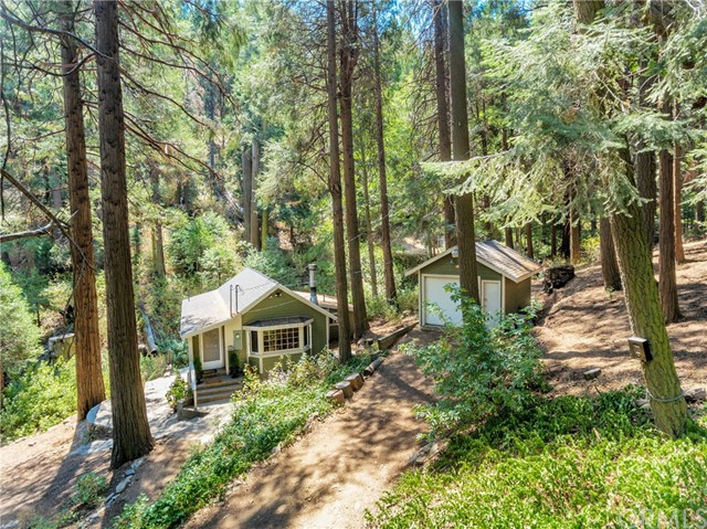 Single Family Home for Sale at 633 Burnt Mill Canyon Road Cedarpines Park, California 92322 United States