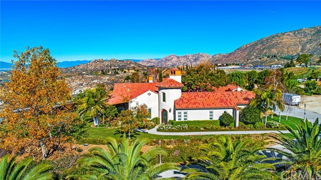 Photo of 5260 Lochmoor Drive, Riverside, CA 92507