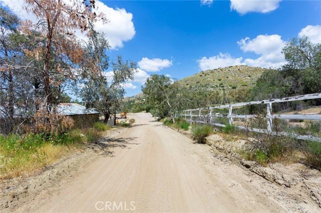 39000 Highway 79, Warner Springs CA: http://media.crmls.org/medias/685de489-2d44-4233-b1dd-be5fe924d5f4.jpg