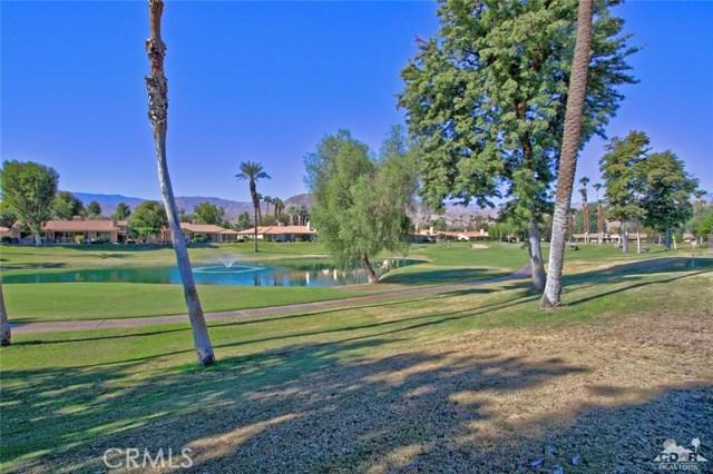163 Madrid Avenue, Palm Desert CA: http://media.crmls.org/medias/68683b8e-0082-4927-9209-cbe1299cf8e1.jpg