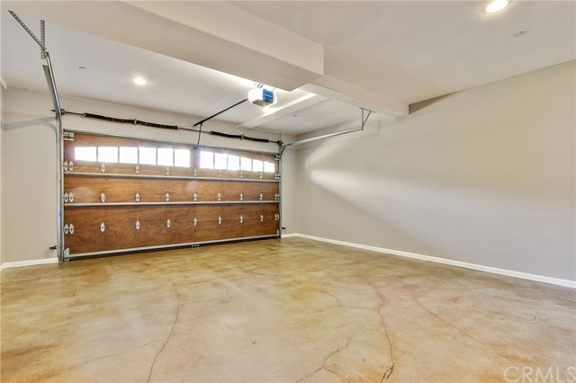 2554 Hargrave Drive Hollywood Hills, CA 90068 - MLS #: TR18204965