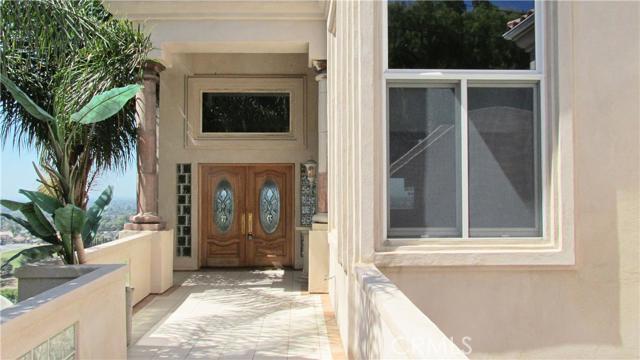Single Family Home for Rent at 12296 Circula Panorama St Santa Ana, California 92705 United States