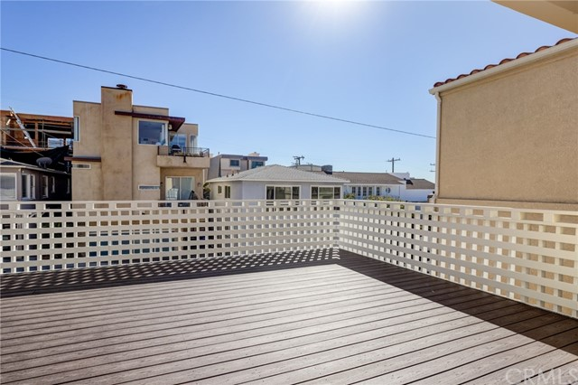 203 38th Street, Manhattan Beach CA: http://media.crmls.org/medias/686fa22a-8d1c-4638-a2ff-728961412864.jpg