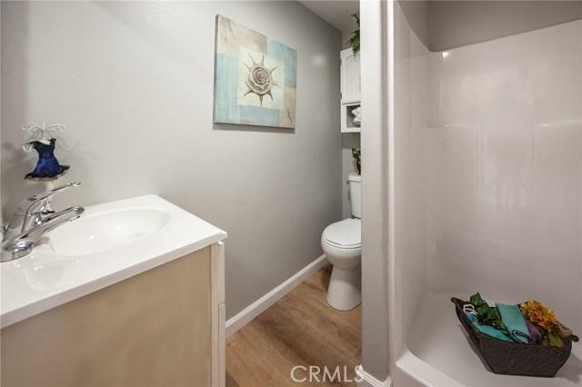 1025 BEAUMONT Avenue, Beaumont CA: http://media.crmls.org/medias/6870421a-d535-44bd-8c7f-a4243588bec2.jpg