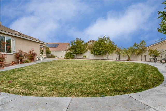 11071 Phoenix Road Apple Valley CA 92308