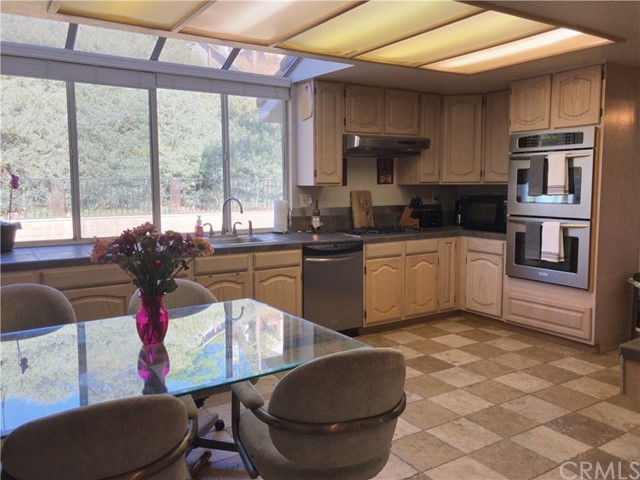 3305 Deaver Drive Corona, CA 92882 - MLS #: RS18026560