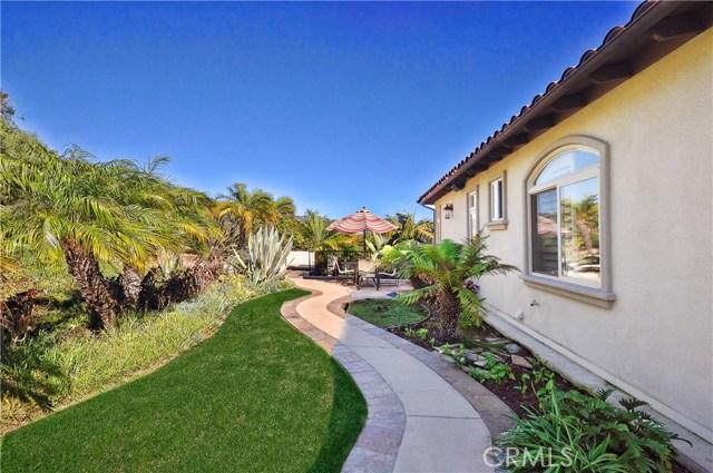 3 Nuvola Court, Rancho Palos Verdes CA: http://media.crmls.org/medias/68949e8b-92a9-4d61-98c5-1e24f2031345.jpg