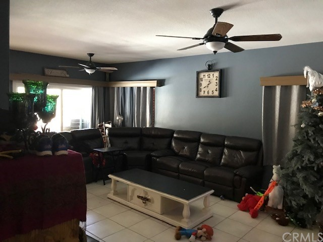 26 Bella Lucia, Lake Elsinore CA: http://media.crmls.org/medias/689c3b74-60f7-4d81-90a0-01abc6dd1cd6.jpg