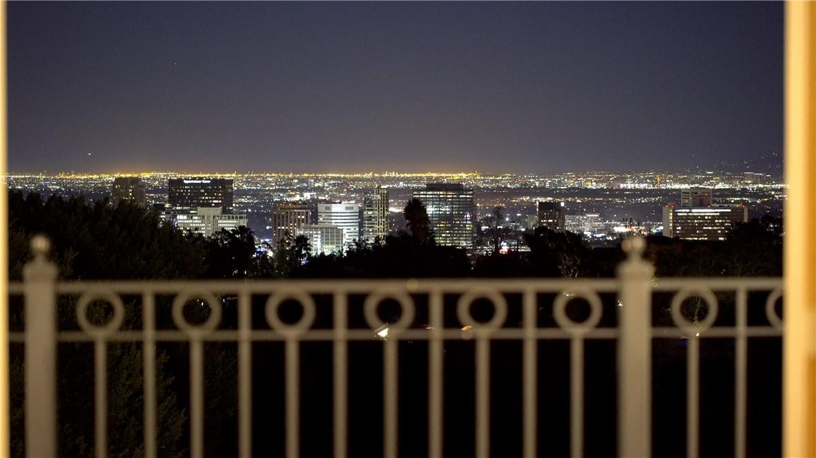 655 Funchal Rd, Los Angeles, CA 90077 Photo 30