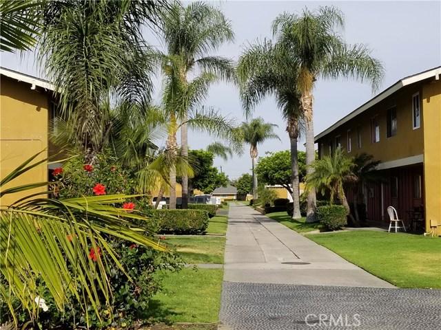 624 S Sullivan Street, Santa Ana CA: http://media.crmls.org/medias/68a4d980-4860-4012-83d4-df827ad56591.jpg