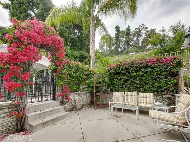 423 N Magnolia Avenue, Monrovia CA: http://media.crmls.org/medias/68a545ab-31a7-4438-bb10-2eb0b9825bb8.jpg