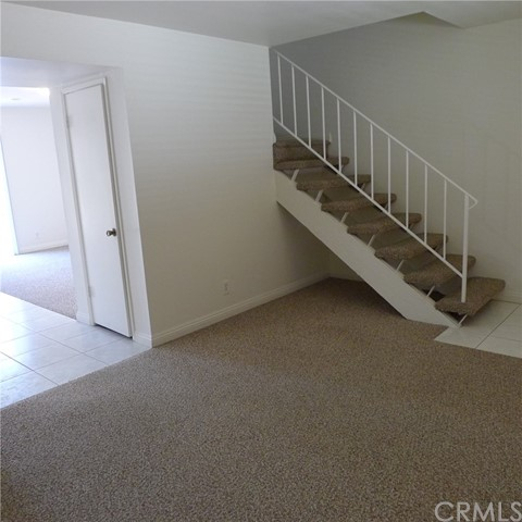 18236 Muir Woods Court, Fountain Valley CA: http://media.crmls.org/medias/68a64a99-3886-41f0-99c4-abd0f7796a4f.jpg