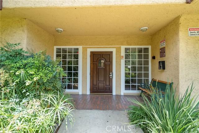 444 Piedmont Avenue, Glendale CA: http://media.crmls.org/medias/68a89b54-bc47-4240-af7e-9d11d00f0bea.jpg