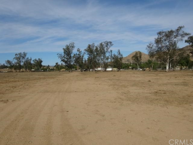0 Quail Call, Moreno Valley CA: http://media.crmls.org/medias/68b45444-33e7-49bc-9fb4-d75e579cee71.jpg