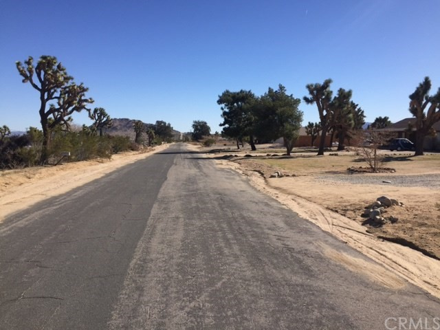 0 SUN MESA Drive, Yucca Valley CA: http://media.crmls.org/medias/68cc6f68-a2a0-4b70-89b3-4c2a37b67fe4.jpg