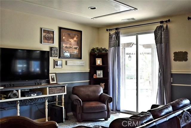 14311 Wisman Drive, Eastvale CA: http://media.crmls.org/medias/68dbce0b-37f7-4d93-a135-00a3bcee1c96.jpg