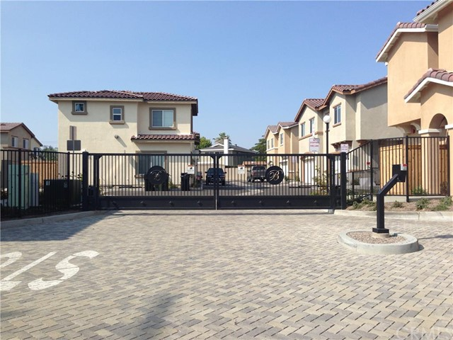 Single Family Home for Rent at 904 South Belterra St Anaheim, California 92804 United States