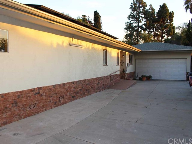 Single Family Home for Rent at 9852 Stanford St Garden Grove, California 92841 United States