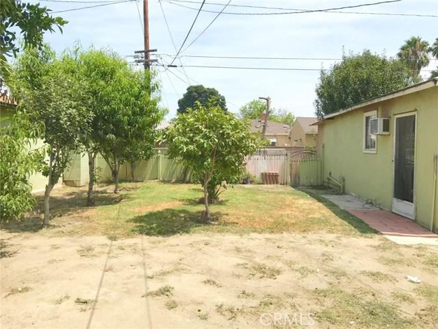1516 S Chester Avenue, Compton CA: http://media.crmls.org/medias/68f992c1-7985-499a-9d7c-0e919834138c.jpg