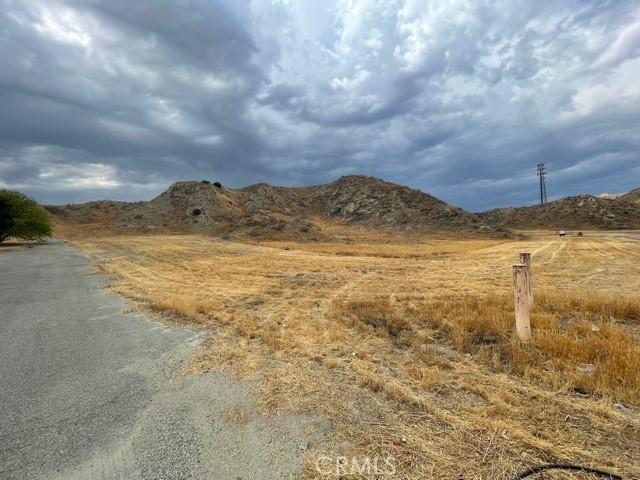 12 McGehee Drive, Moreno Valley CA: http://media.crmls.org/medias/6904b8e9-5a09-4e3d-9966-e5b0f2224725.jpg