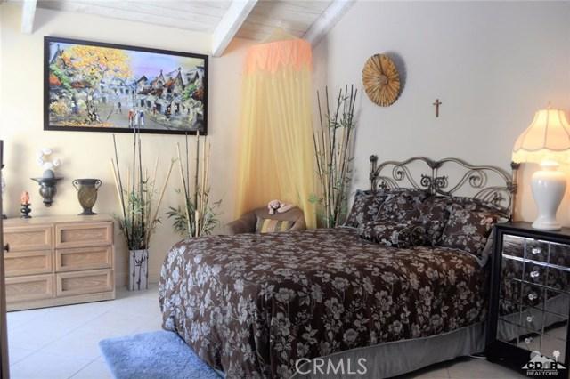 369 Wimbledon Drive, Rancho Mirage CA: http://media.crmls.org/medias/69068341-a08c-47f3-b605-d96c66acf3ec.jpg