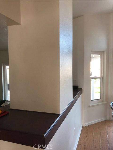 3669 N Live Oak Avenue, Rialto CA: http://media.crmls.org/medias/69117e93-ad8c-4cea-997d-ad14784ccd40.jpg