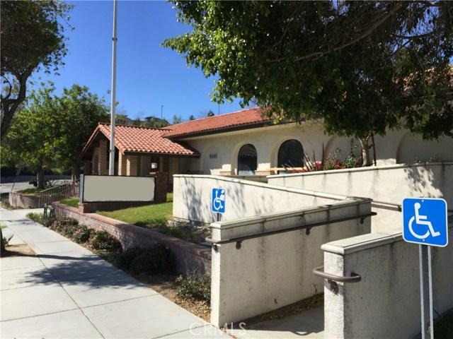 1441 N Brea Boulevard, Fullerton CA: http://media.crmls.org/medias/6914f470-d562-4fb2-a4ff-7c0dad782398.jpg
