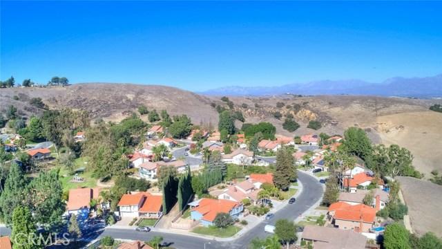 15471 Feldspar Drive, Chino Hills CA: http://media.crmls.org/medias/691ba756-5b35-4ecd-a672-d492265c91fc.jpg