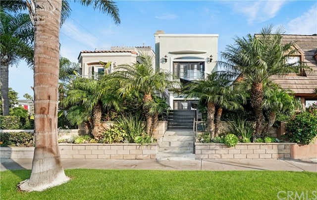 Photo of 426 12th Street, Huntington Beach, CA 92648
