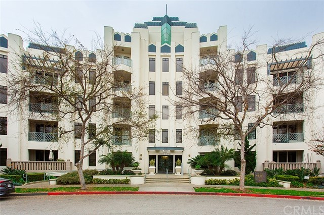 5625 Crescent Park 123 Playa Vista, CA 90094 is listed for sale as MLS Listing PW18016148