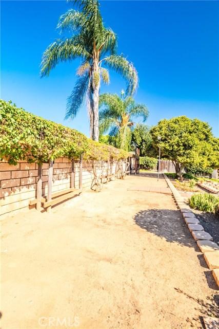 1237 Oak Mesa Drive, La Verne CA: http://media.crmls.org/medias/693cc692-75ca-4c9a-bf8a-fd5dc44965da.jpg