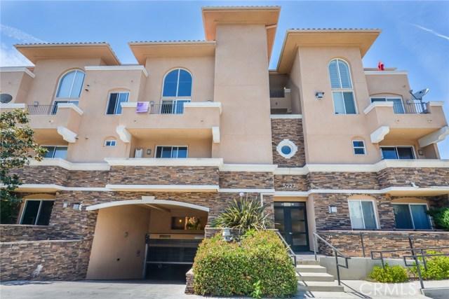 Condominium for Sale at 5227 Denny Avenue Unit 308 5227 Denny Avenue North Hollywood, California 91601 United States