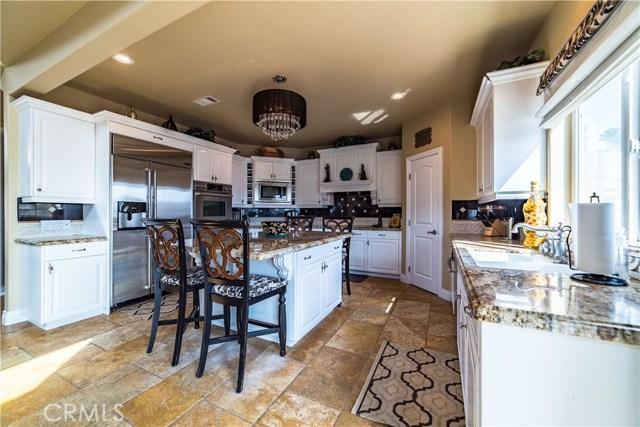22941 Gold Rush Place, Canyon Lake CA: http://media.crmls.org/medias/694b0f07-68cd-4a09-91e0-020d92b18491.jpg