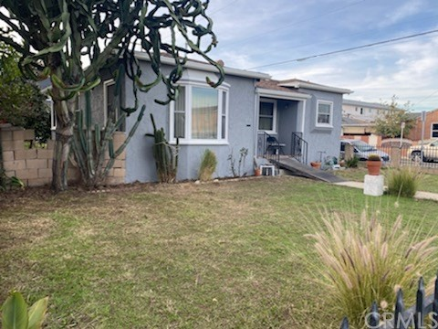 11601 Oxford Avenue, Hawthorne, California 90250, 2 Bedrooms Bedrooms, ,1 BathroomBathrooms,Single family residence,For Sale,Oxford,IN21002560