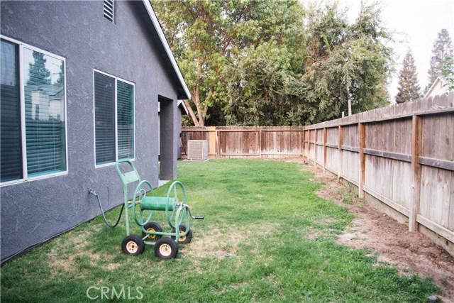 5321 W Fedora Avenue, Fresno CA: http://media.crmls.org/medias/6957b9b5-a66b-44e6-b595-c524d38aec56.jpg