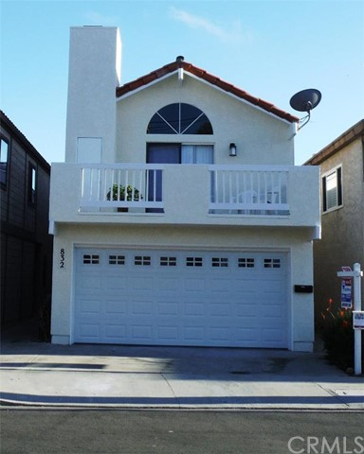 832 3rd Street, Hermosa Beach CA 90254