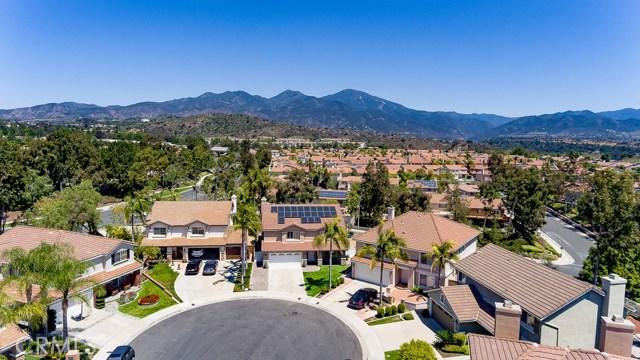 18 Via Vison, Rancho Santa Margarita CA: http://media.crmls.org/medias/696062ba-5c33-4e5a-8ce1-cfce75ebb07b.jpg