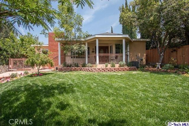 Single Family Home for Sale at 3027 El Caminito La Crescenta, California 91214 United States
