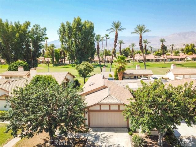 241 Castellana, Palm Desert CA: http://media.crmls.org/medias/696868c7-fdbb-4c6c-8359-1b4088ff256e.jpg