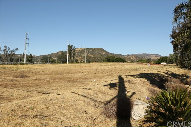 Single Family for Sale at 0 Clinton Keith Wildomar, California 92595 United States