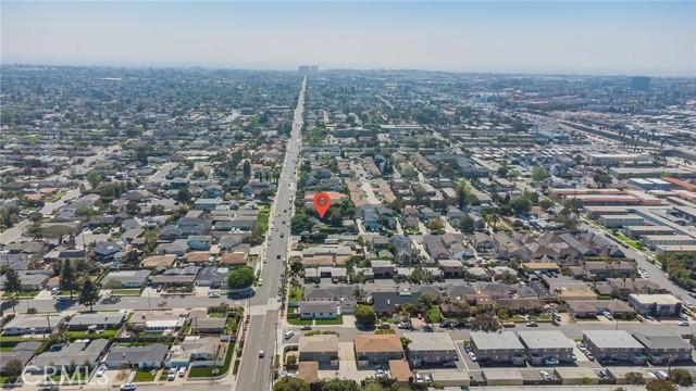 2133 Orange, Costa Mesa CA: http://media.crmls.org/medias/696c7ca9-cde0-4320-9379-24cabcbd6cd2.jpg