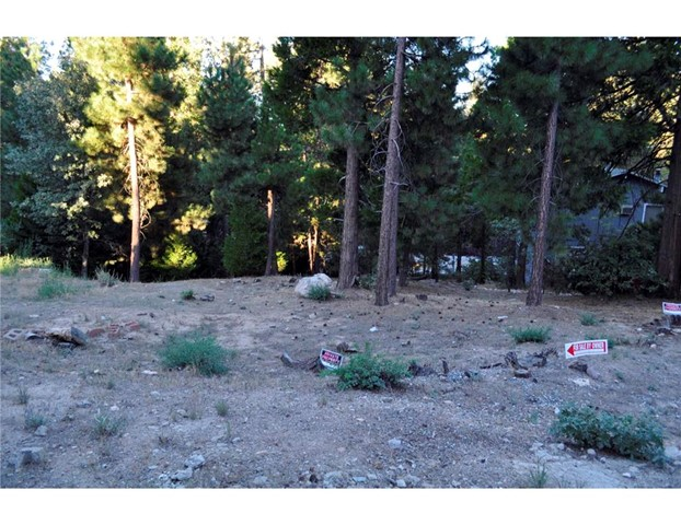 Single Family for Sale at 0 Bernina Street N Lake Arrowhead, California 92352 United States