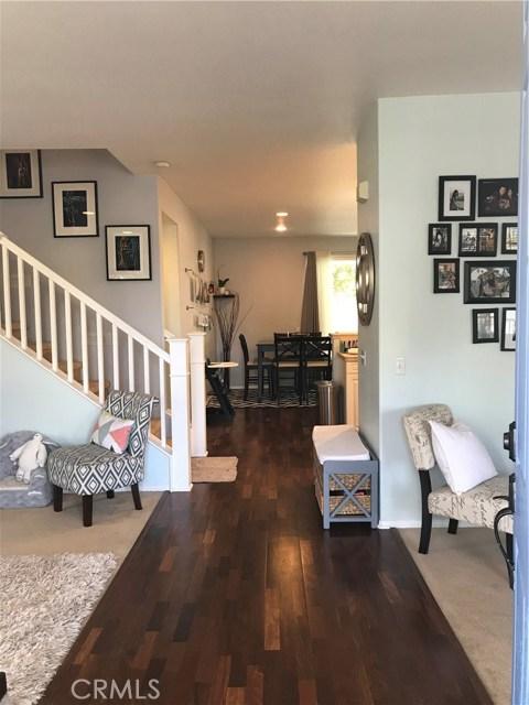 共管式独立产权公寓 为 销售 在 23003 Mission Drive 卡尔森, 加利福尼亚州 90745 美国