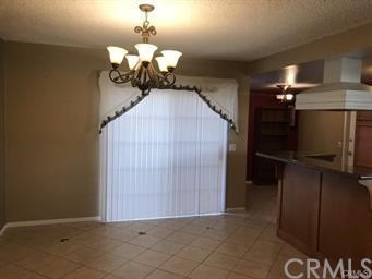 10841 Endicott Drive, Riverside CA: http://media.crmls.org/medias/699df834-5ea5-4e00-8b59-ae76ca5ebf6a.jpg
