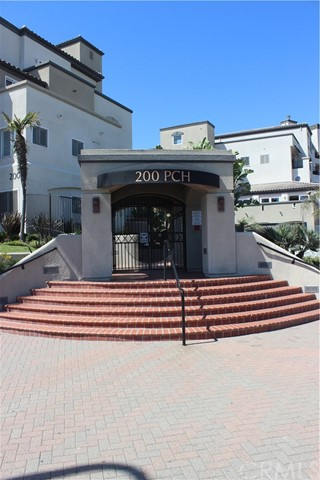 Single Family Home for Rent at 200 Pacific Coast Huntington Beach, California 92648 United States