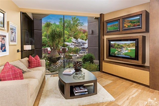 Additional photo for property listing at 125  Wanish Place 125  Wanish Place Palm Desert, California 92260 United States