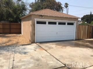5761 Cleon Avenue, North Hollywood CA: http://media.crmls.org/medias/69b6eae6-60df-4d47-9d5a-dcffbb1cf19c.jpg