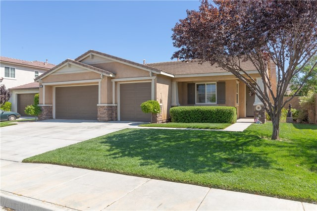 Photo of 29055 Lakehurst Court, Menifee, CA 92585