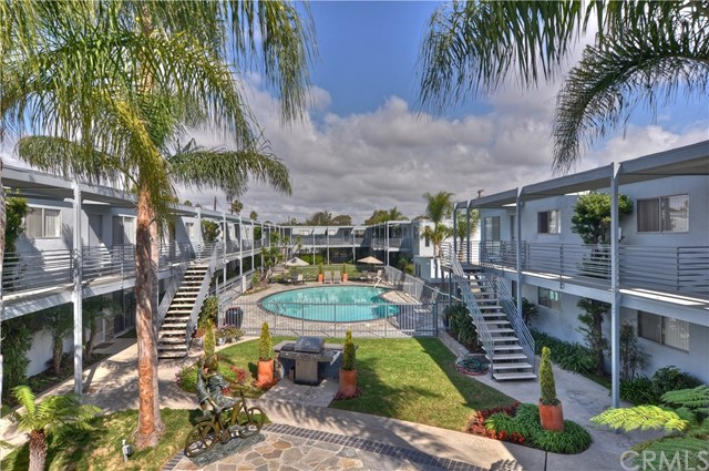 931 W 19th Street # 10 Costa Mesa, CA 92627 - MLS #: OC17189874